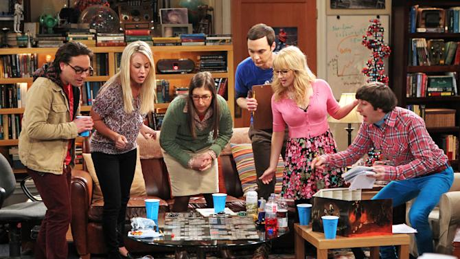 "This undated photo released by CBS shows, from left, Johnny Galecki, Kaley Cuoco, Mayim Bialik, Jim Parsons, Melissa Rauch and Simon Helberg, in the episode ""The Love Spell Potential,"" on the CBS Television Network's ""The Big Bang Theory,"" Thursday, May 9 (8:00 - 8:31 PM, ET/PT). (AP Photo/CBS, Monty Brinton)"