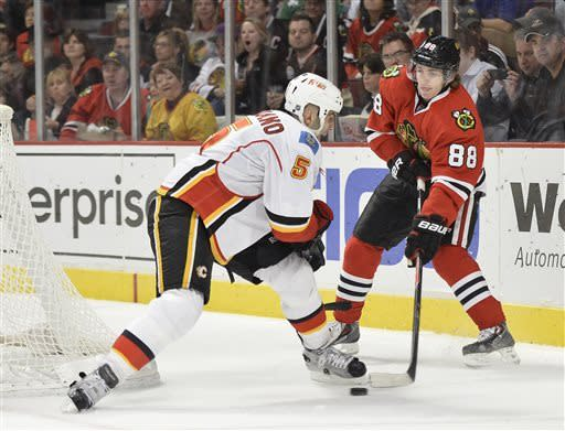 Kane, Toews lift Blackhawks to 3-1 win over Flames