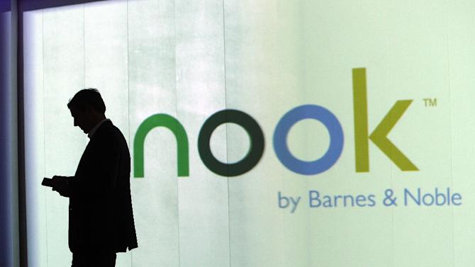 US bookseller Barnes & Noble said Thursday it will retain its struggling Nook division, which produces tablets and digital books, backtracking on a decision from last year