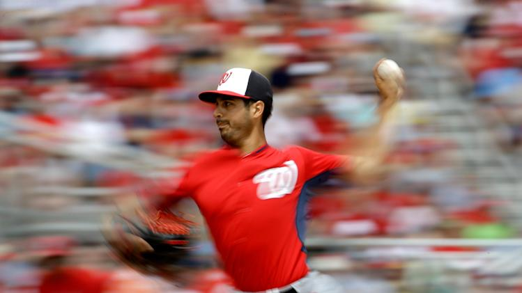 Diaz 2 for 2 in spring debut; Cards top Nats 2-0