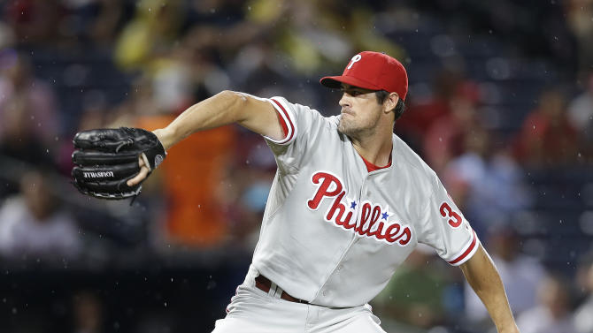 Hamels throws 6-hitter, Phillies beat Braves 5-1