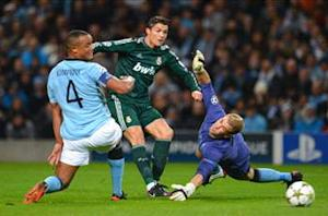 Mancini hoping Kompany can shake off knee injury to face Chelsea