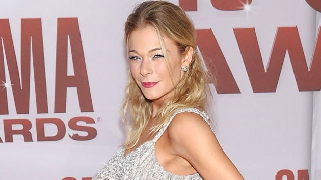 LeAnn Rimes Visits the ER After Massive Infection