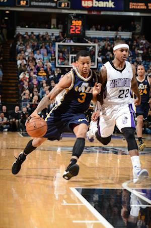 Jefferson and Jazz roll past Kings 122-101