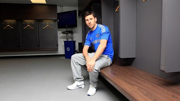British boxer Darren Barker in the Wembley changing rooms (photo: Lawrence Lustig)