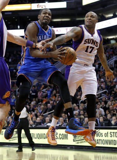 Durant scores 41, Thunder beats Suns for 30th win