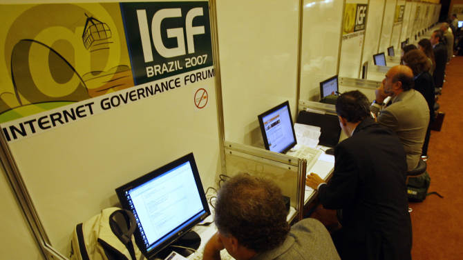 Brazil looks to break from US-centric Internet