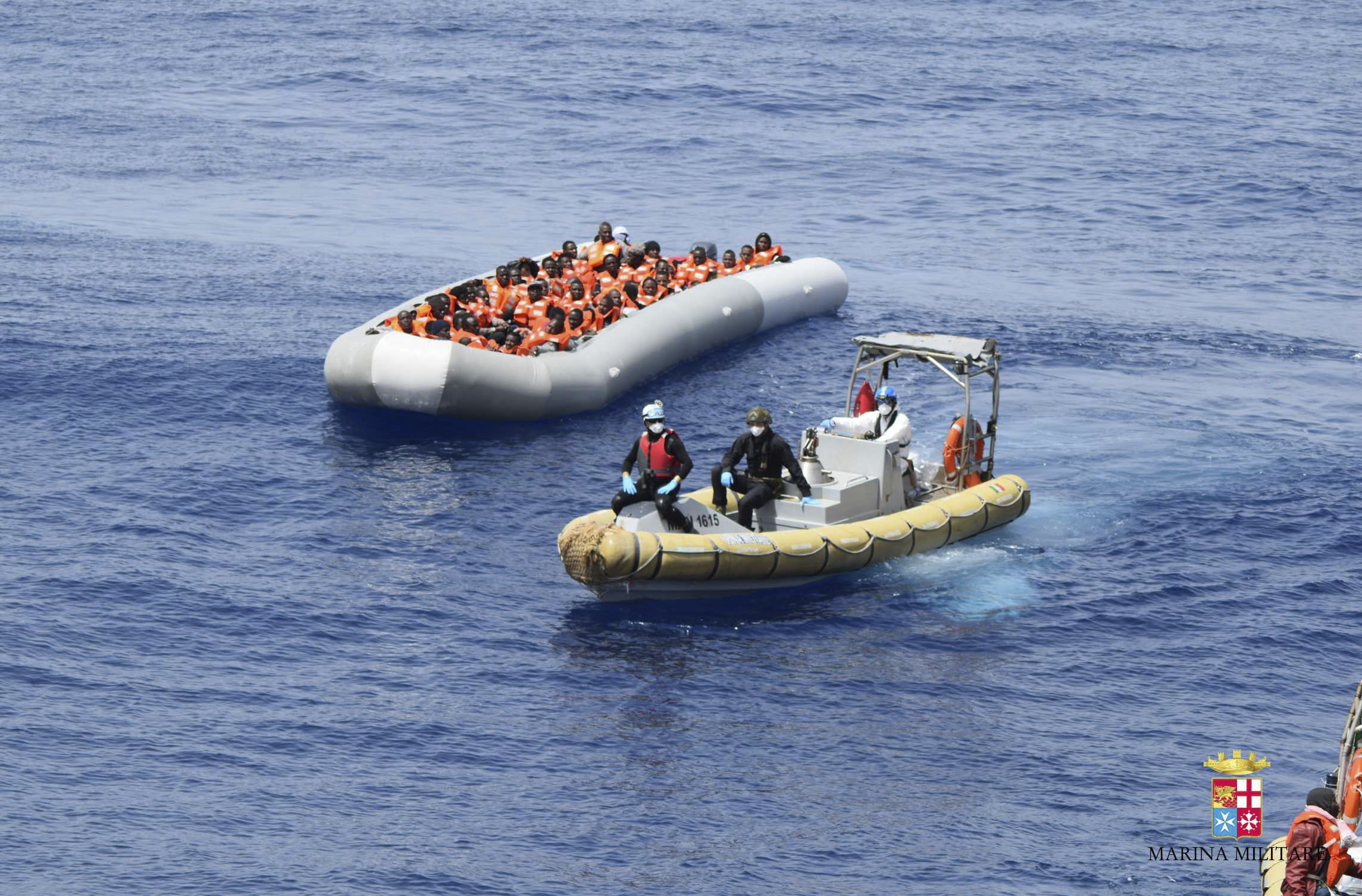 UN: 880 killed in Mediterranean shipwrecks over last week