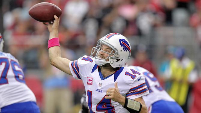 Buffalo Bills quarterback Ryan Fitzpatrick (14) throws against the Arizona Cardinals during the second half of an NFL football game on Sunday, Oct. 14, 2012, in Glendale, Ariz. (AP Photo/Paul Connors)