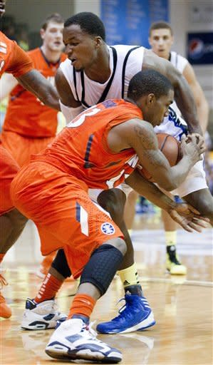 Illinois beats Chaminade 84-61 in Maui