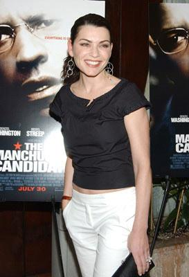 Premiere: Julianna Margulies at the New York premiere of Paramount Pictures' The Manchurian Candidate - 7/19/2004