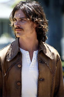 Billy Crudup stars as Russell Hammond, lead guitarist for the up-and-coming rock band Stillwater in Dreamworks' Almost Famous