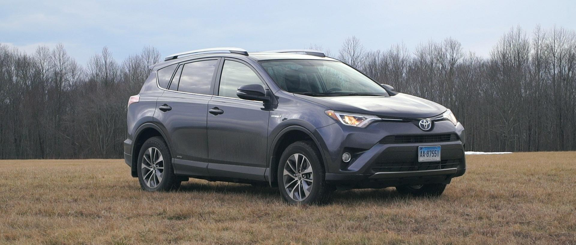 Toyota RAV4 Hybrid Proves to Be the Most Fuel-Efficient SUV Ever Tested