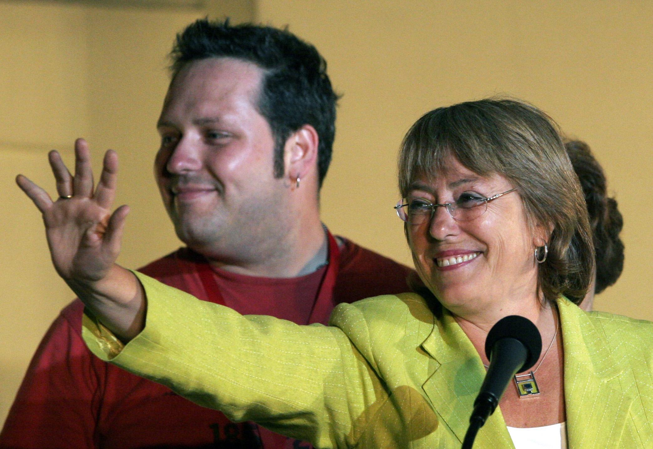 Popularity of Chile's Bachelet damaged by loan scandal