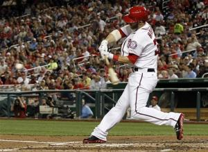 Harper, Desmond lead Nationals over White Sox 5-2