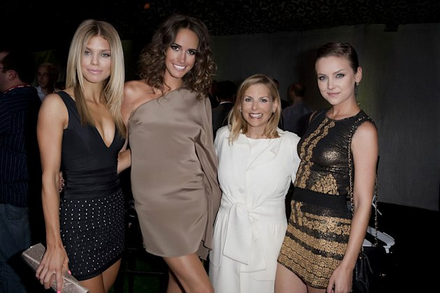 """90210's""  AnnaLynne McCord, ""Plain Jane's"" Louise Roe, CW President of Entertainment Dawn Ostroff, and ""90210's"" Jessica Stroup at the TCA Summer 2010 CBS/The CW/Showtime ""Star Party in the Tent"" on"