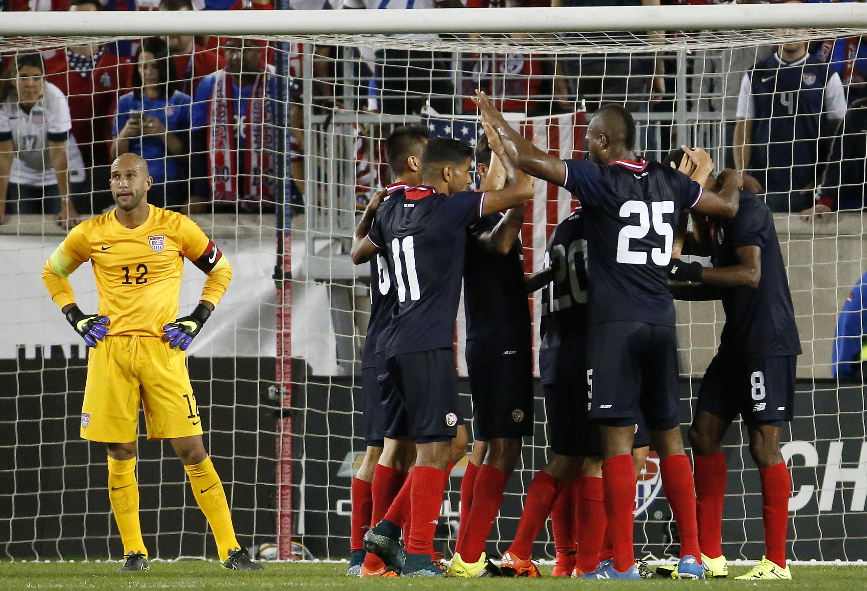 With Howard back in goal, US loses to Costa Rica 1-0