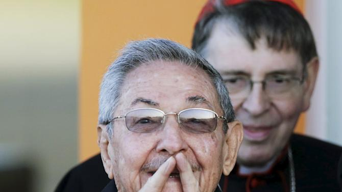 Cuba's president Raul Castro talks to the media during Pope Francis departure at Jose Marti airport in Havana