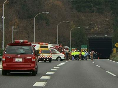 Raw: Drivers missing, dead in tunnel collapse