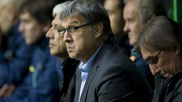 Tata Martino on the bench against Celtic