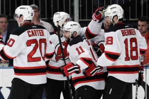 Devils outlast Rangers, 5-3, take 3-2 series lead