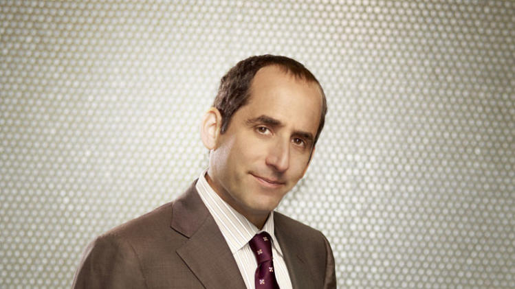 "Peter Jacobson returns as Dr. Chris Taub in Season Eight of ""House."""