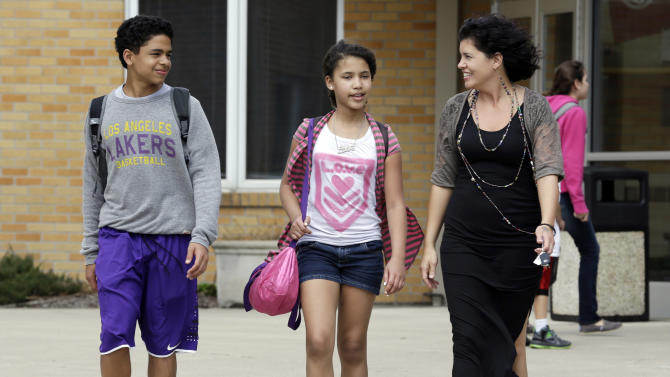 Fiscal tug-of-war stalls Indiana voucher expansion