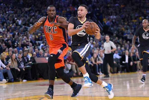 Oklahoma-city-thunder-v-golden-20160207-054248-934