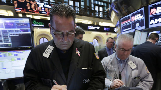 Dow average gains, holds on to 15,000 level