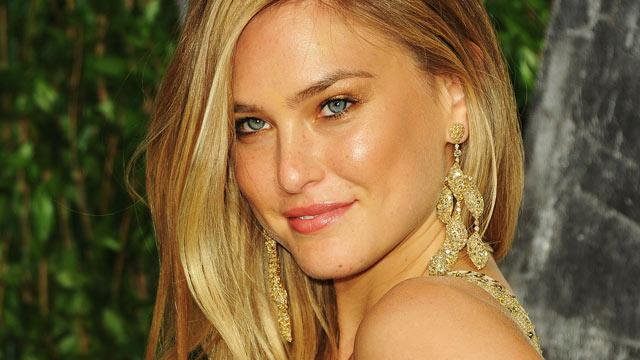 Supermodel Bar Refaeli Stars in Israeli Spy Movie