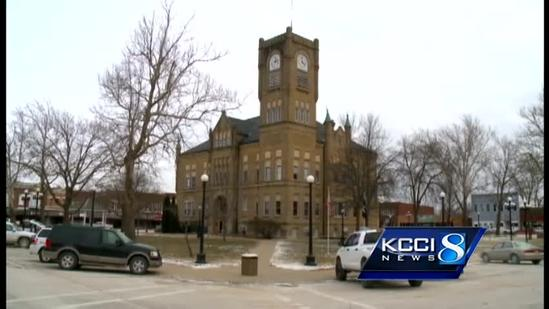 Plan cuts Iowa counties from 99 to 50