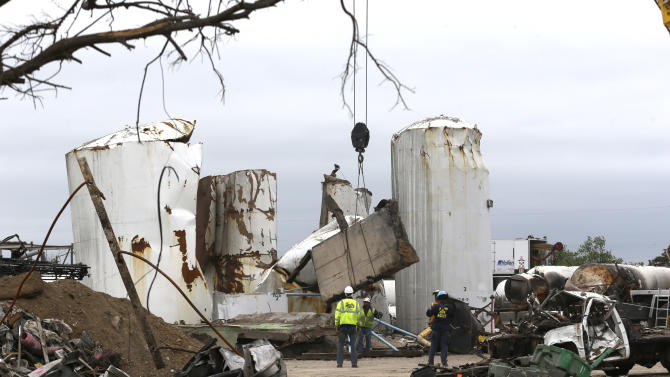 Texas launches criminal probe into plant explosion