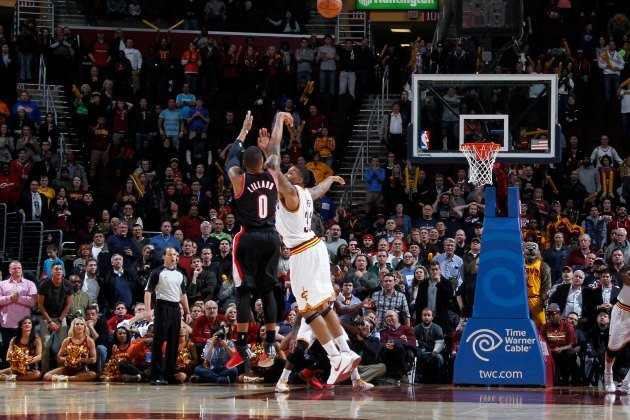 damian lillard�s 30foot 3 beats the buzzer for his second