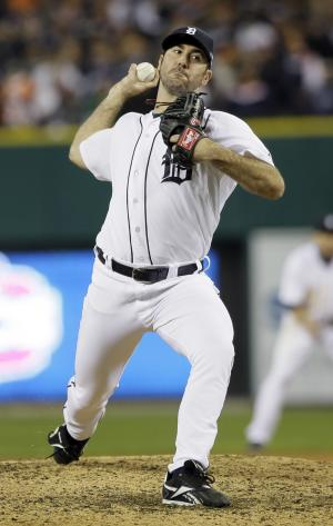 Detroit Tigers' Justin Verlander throws in the ninth inning during Game 3 of the American League championship series against the New York Yankees Tuesday, Oct. 16, 2012, in Detroit. (AP Photo/Matt Slocum)