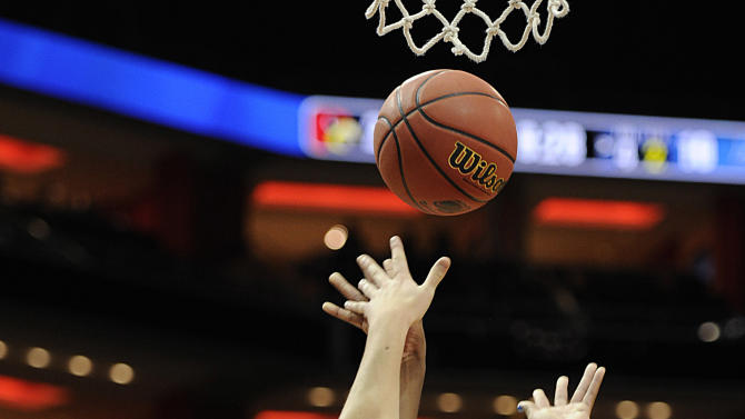 NCAA Womens Basketball: NCAA Tournament-Middle Tennessee & Louisville