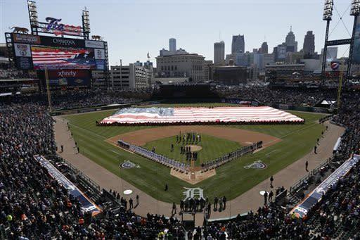 Fielder's 2 HRs help Tigers beat Yankees 8-3