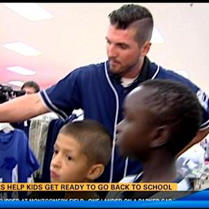 Padres help kids get ready to go back to school