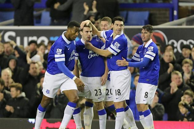 Seamus Coleman goal helps Everton secure victory over Fulham