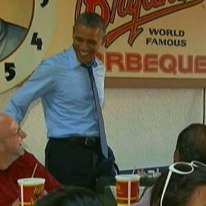 Raw: Obama Eats Ribs in Kansas City
