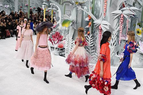That's a Spicy Met Ball: Would You Rather Attend the Met Ball or a Chanel Runway Show?