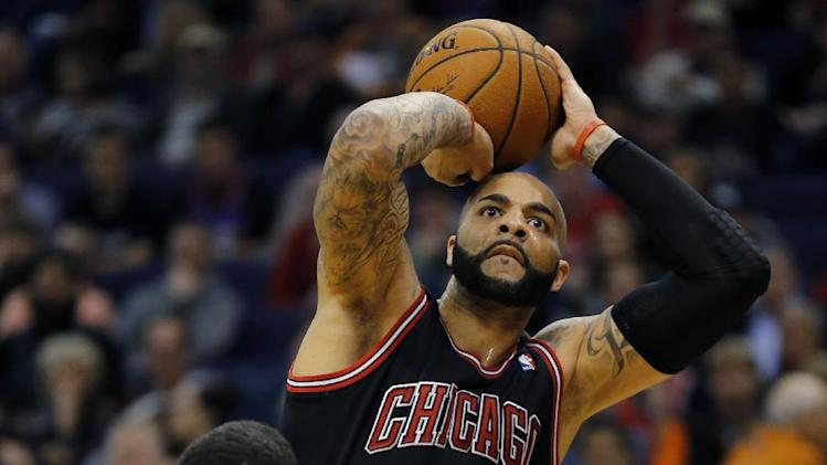 Boozer powers Bulls to 101-92 win at Phoenix