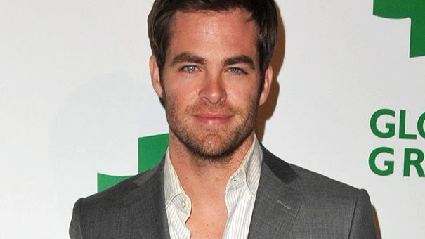 chris pine thumb