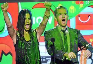 Sandra Bullock and Neil Patrick Harris | Photo Credits: Jeff Kravitz/FilmMagic