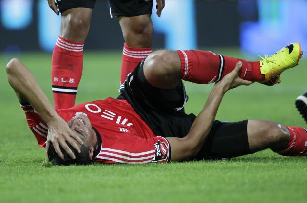 Benfica's Cardozo reacts after scoring against Guimaraes during their Portuguese Premier League soccer match at the Afonso Henriquez stadium in Guimaraes