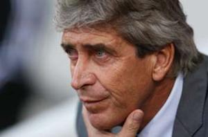 Manchester City boss Pellegrini slams CSKA pitch