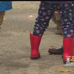 Chilly, Wet Weather Putting A Damper On Mass. Fairs, Farms