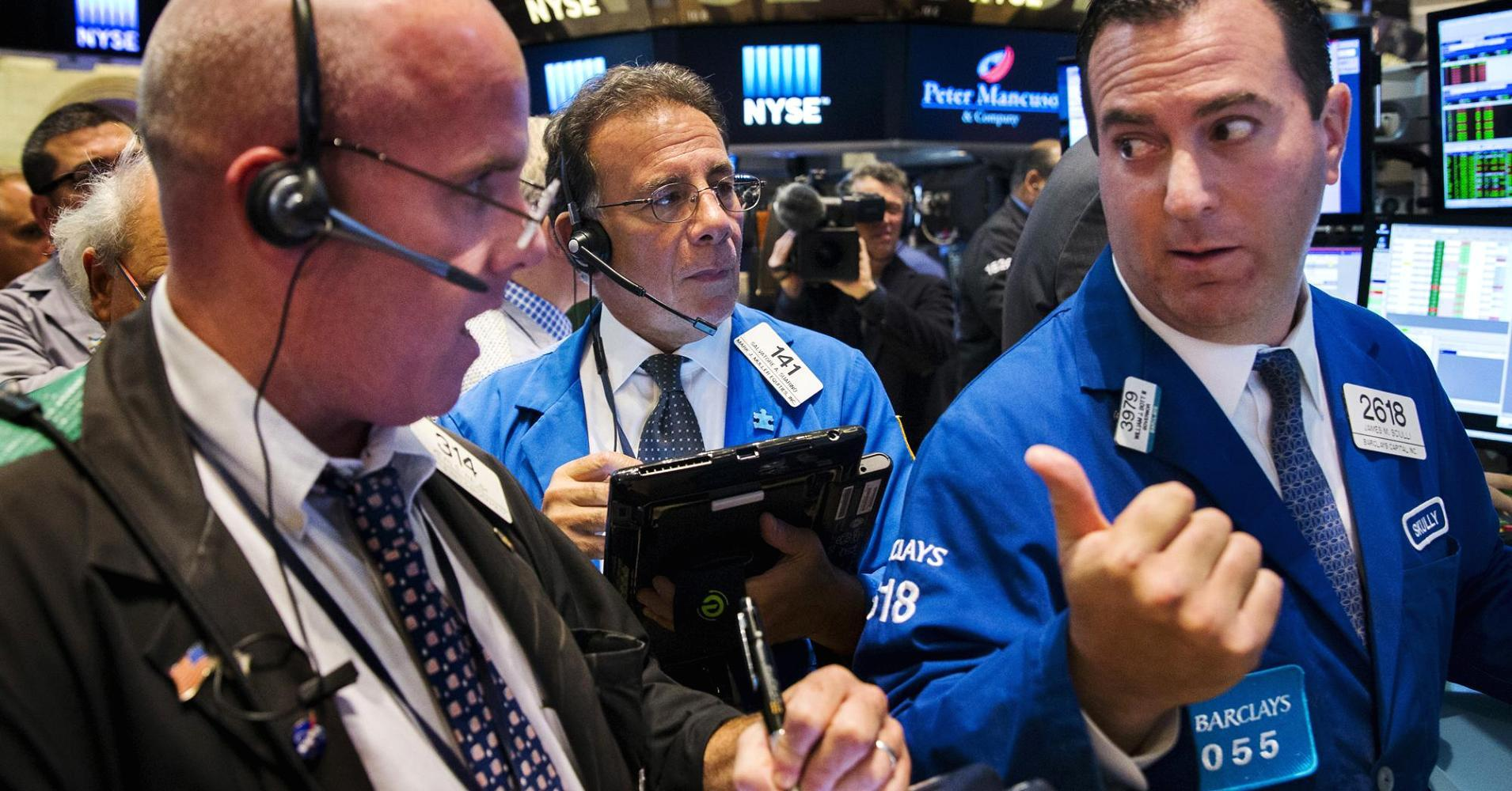 Dow struggles to stay out of correction, Nasdaq off 1%