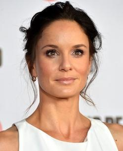 Resolution Signs Sarah Wayne Callies of 'The Walking Dead' (Exclusive)