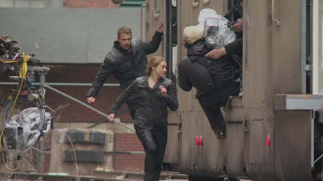 'Divergent' Featurette: Taking a Stand