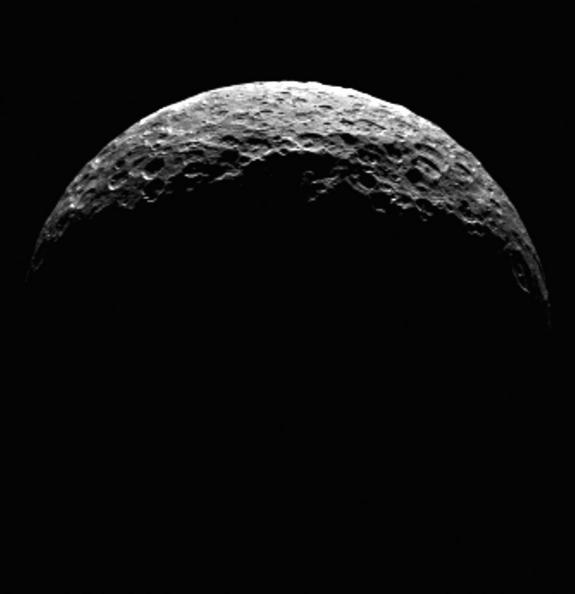 NASA Probe Sees North Pole of Dwarf Planet Ceres (Video)